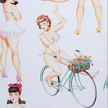 Alexander Henry Good And Plenty Pin Up Girls 50and39s 8571A Light Cream
