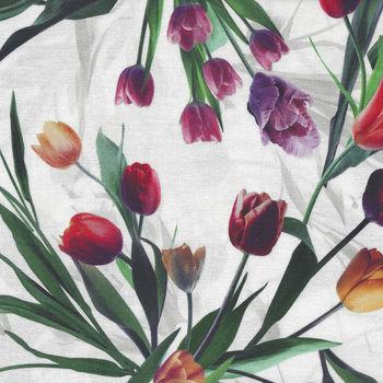 Hoffman All purpose Flower Digital Spectrum Fabric HQ4434 003 Multi