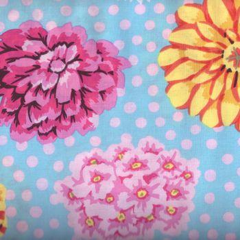 Kaffe Fassett andquotBig Bloomsandquot Cotton Fabric